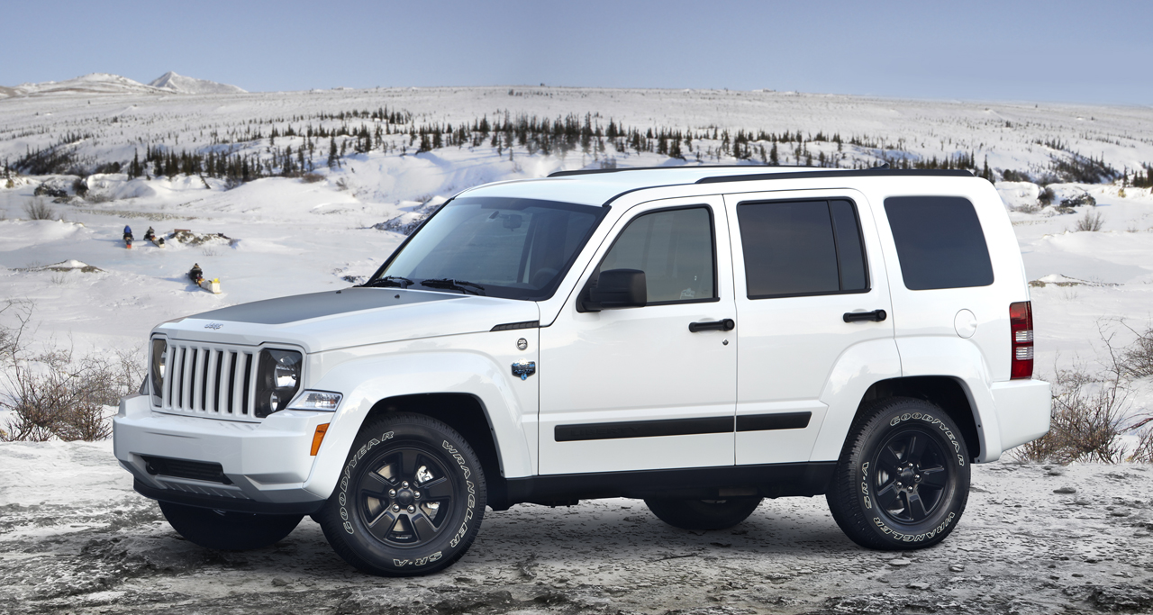 2012 jeep liberty arctic photo gallery autoblog. Black Bedroom Furniture Sets. Home Design Ideas