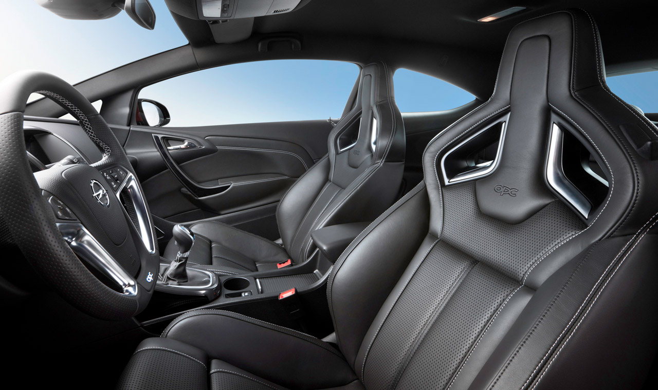 2012 opel astra opc gets 280 horsepower 155 mph top speed for Opel corsa 2010 interior