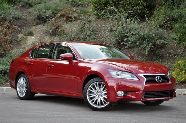 2012 Lexus GS 350 front three-quarter view, maroon