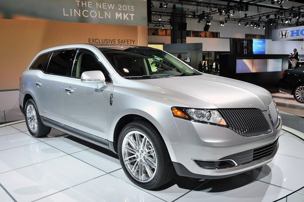 2013 Lincoln MKT in LA