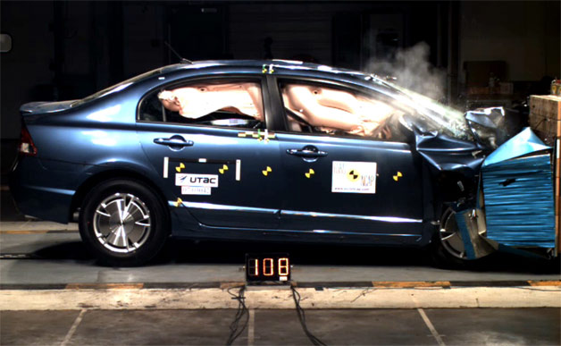 Hybrid Drivers Are Safer From Injury In A Crash