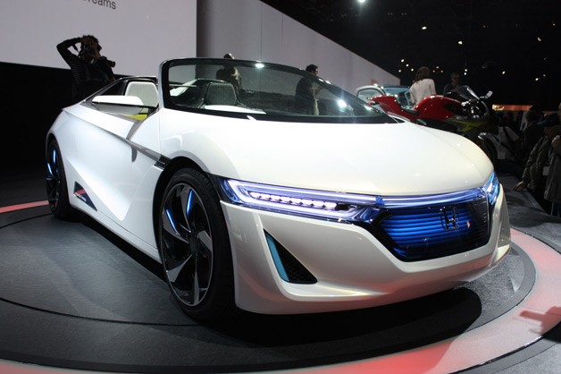 Honda EV-Ster concept live in Tokyo