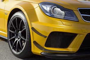 2012 Mercedes-Benz C63 AMG Coupe Black Series front fender