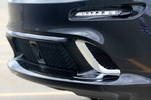 2012 Jeep Grand Cherokee SRT8 front fascia