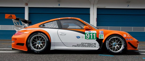 Porsche 911 GT3 R Hybrid 2.0 - Autoblog on 919 porsche hybrid race car, porsche factory race cars, porsche track car red, porsche 918 hybrid race car, falken porsche 911 race car, porsche gt3 race cars, porsche 911 vintage race car, porsche cayman car, chrysler patriot hybrid race car, 1969 porsche 912 race car, mclaren f1 race car, audi r8 race car, 1999 porsche 911 race car, 1986 porsche 944 race car, ford fusion hybrid race car, porsche gt3 cup car, camaro gt3 race car, porsche 993 race car,