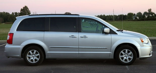 2011 Chrysler Town &amp; Country Touring side view