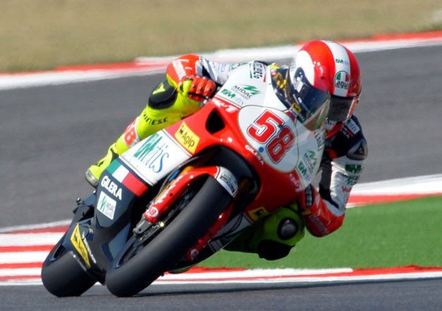 Marco Simoncelli races at Misano
