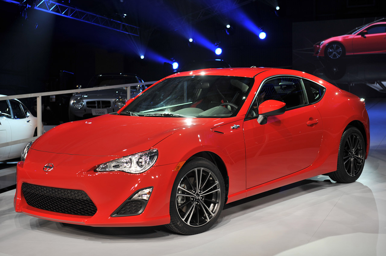 2013 scion fr s marks toyota 39 s return to performance in u s autoblog. Black Bedroom Furniture Sets. Home Design Ideas