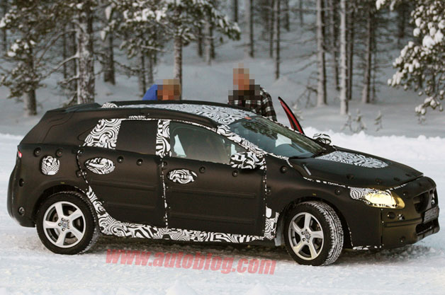 Volvo V40 Spy Shots