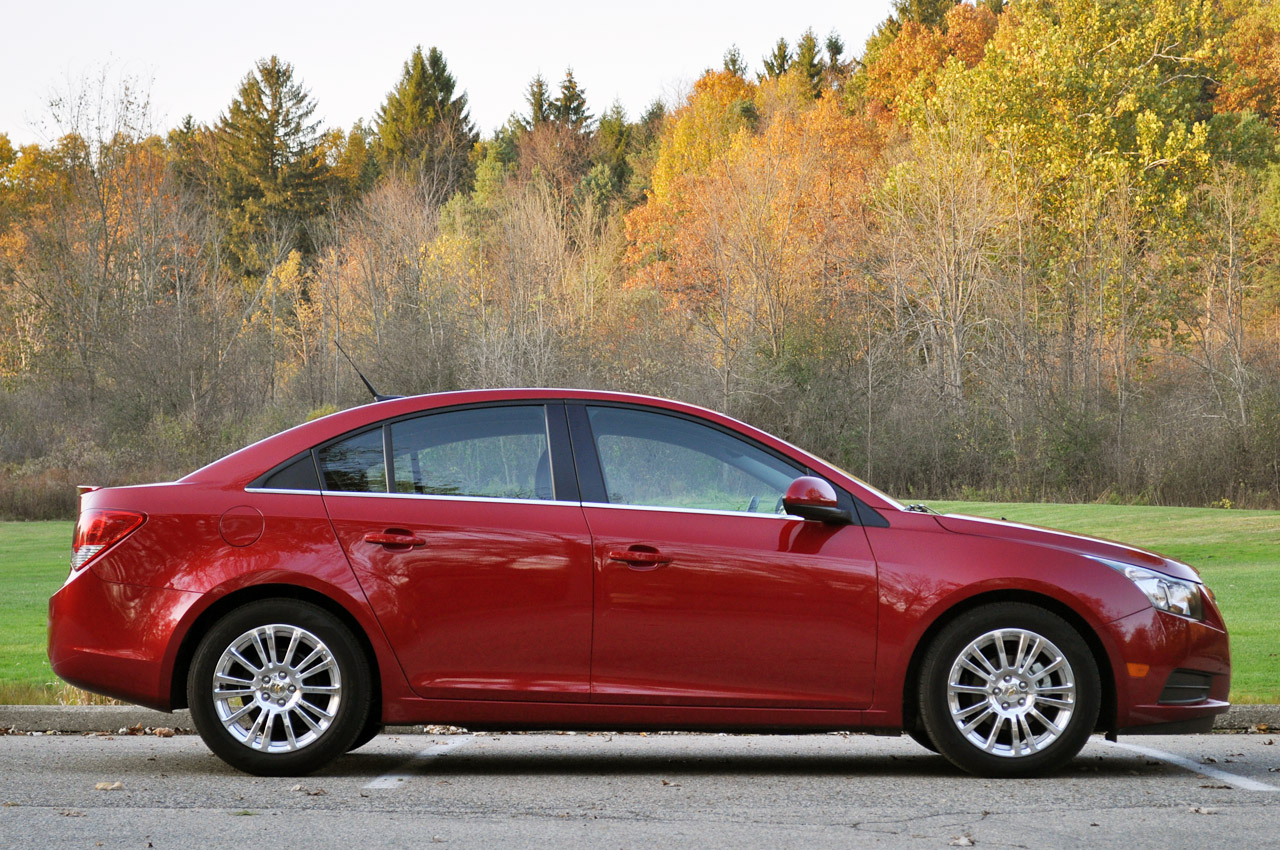 gm recalls select chevy cruze sonic and buick verano models over airbag issue autoblog. Black Bedroom Furniture Sets. Home Design Ideas