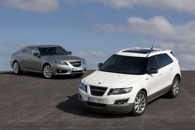 Saab 9-4X crossover and 9-5 sedan