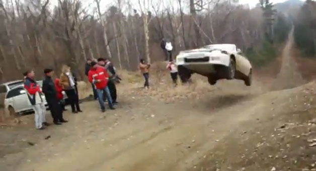 Honda Civic rally jump