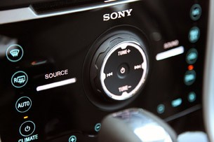 2012 Ford Edge EcoBoost audio controls
