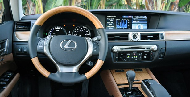 2013 Lexus GS 450h interior