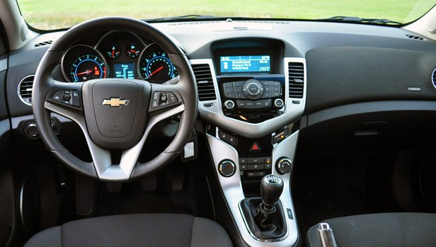 2012 Chevrolet Cruze Eco interior
