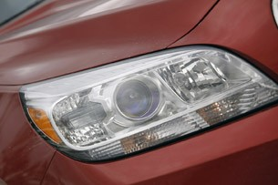2013 Chevrolet Malibu Eco headlight