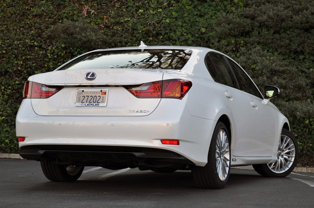 2013 Lexus GS 450h rear 3/4 view