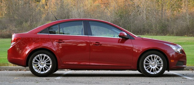 2012 Chevrolet Cruze Eco side view