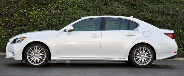 2013 Lexus GS 450h side view