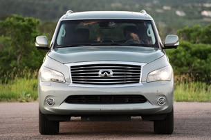 2012 Infiniti QX56 front view