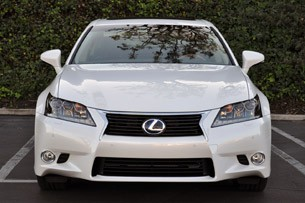 2013 Lexus GS 450h front view