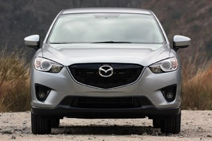 2013 Mazda CX-5 front view