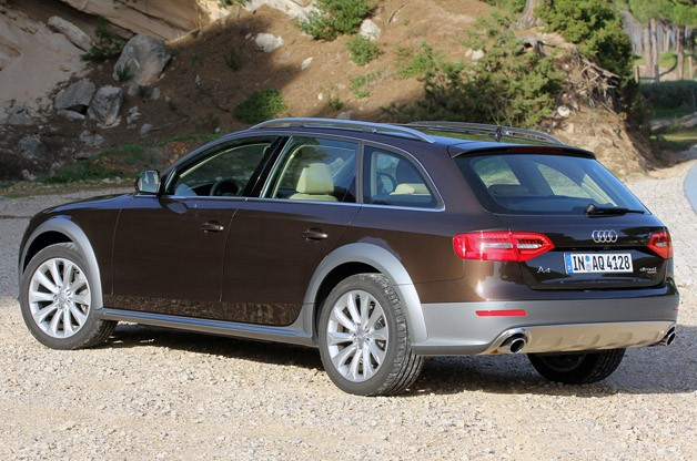 2012 Audi A4 Allroad Quattro rear 3/4 view