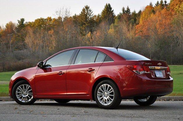2012 Chevrolet Cruze Eco rear 3/4 view