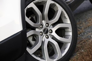 2012 Land Rover Range Rover Evoque Coupe wheel
