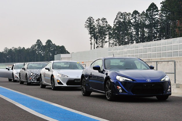 2013 Scion FR-S group photo