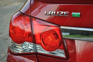 2012 Chevrolet Cruze Eco taillight