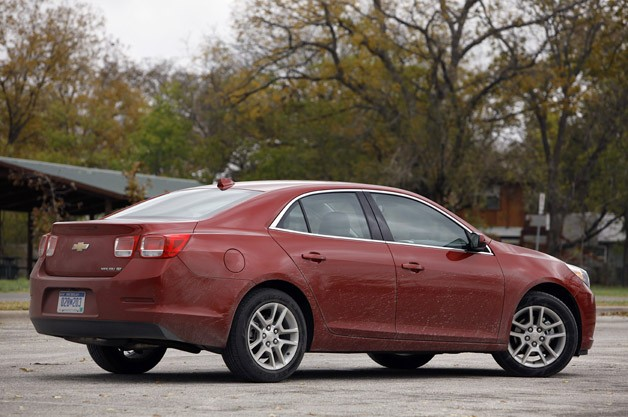 2013 Chevrolet Malibu Eco rear 3/4 view