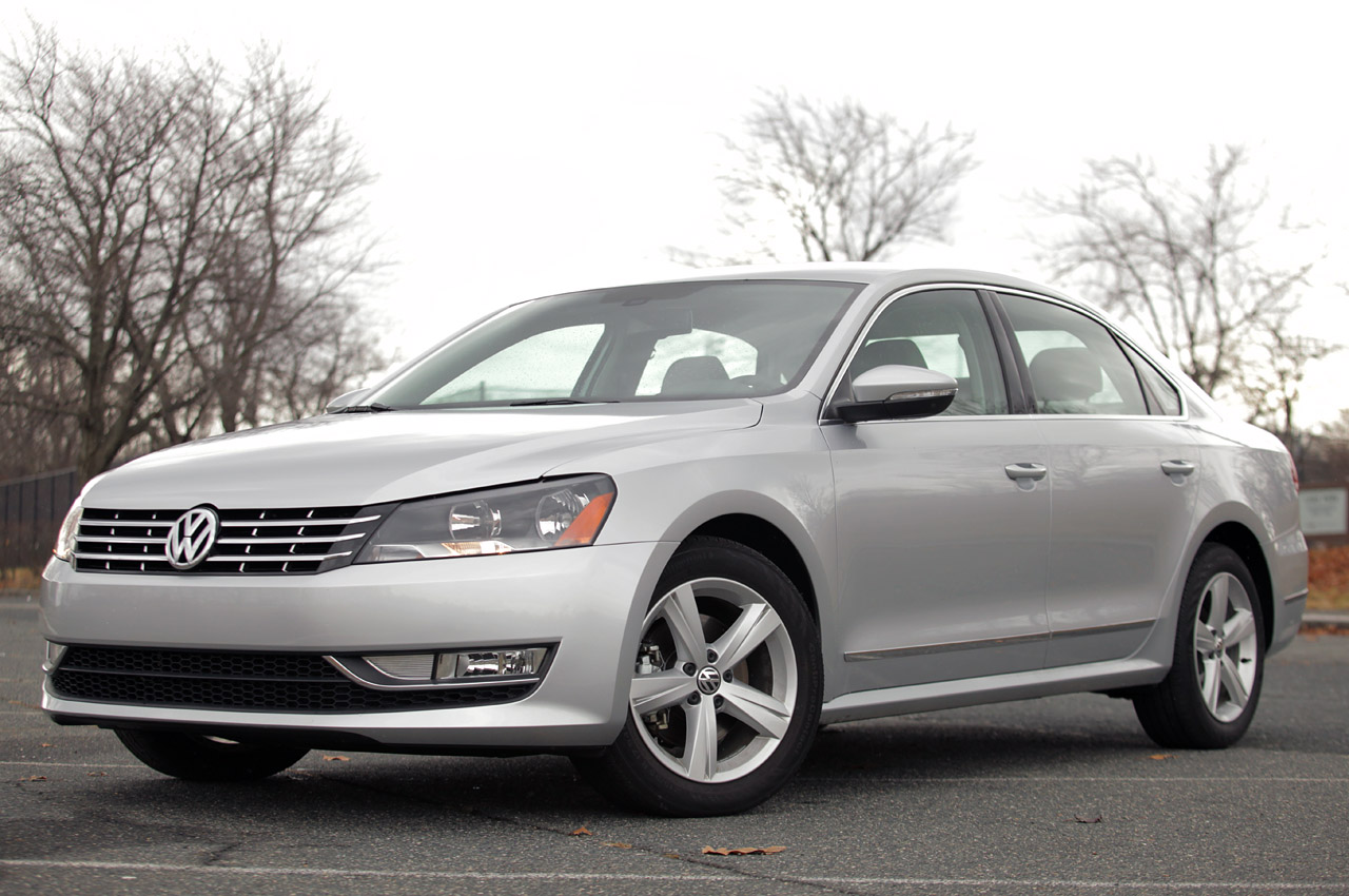 2012 volkswagen passat 2 5l sel premium autoblog. Black Bedroom Furniture Sets. Home Design Ideas