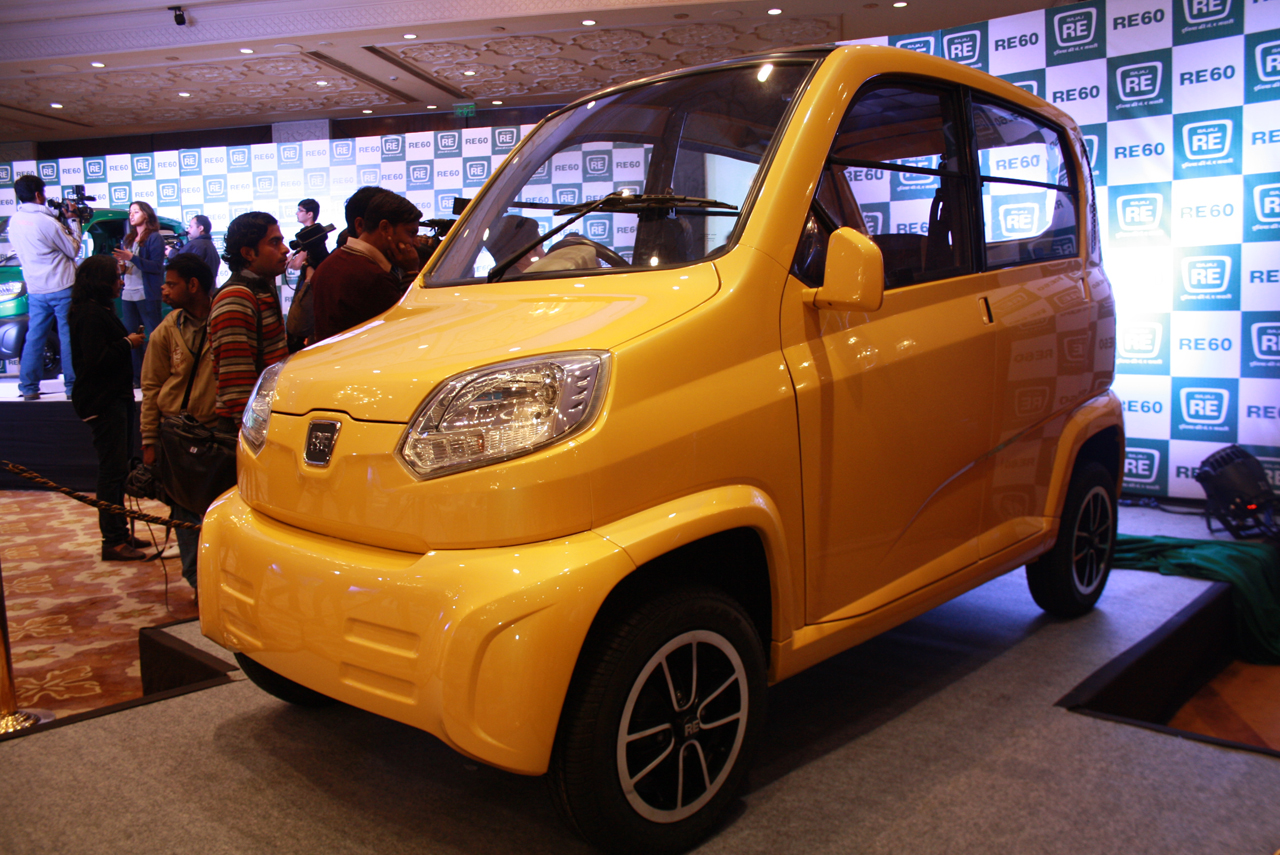 bajaj re60 may take world 39 s cheapest car title from tata nano autoblog. Black Bedroom Furniture Sets. Home Design Ideas