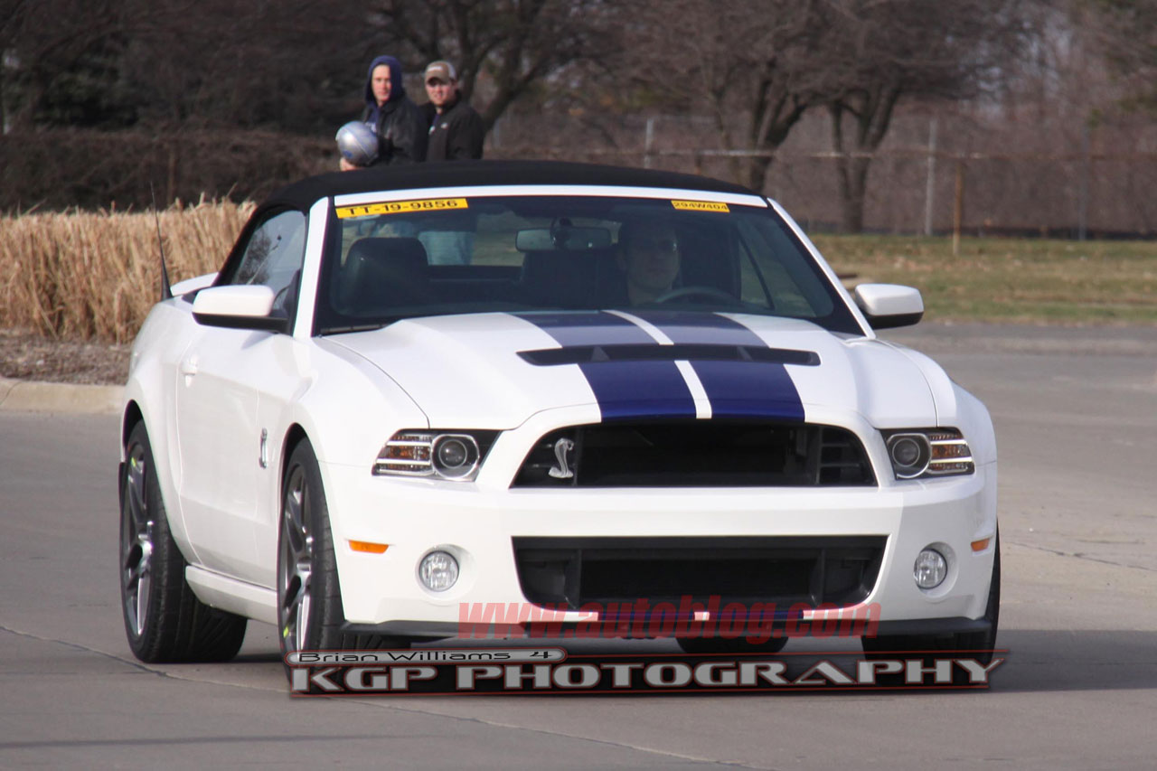 spy shots 2013 ford mustang gt500 convertible photo gallery autoblog