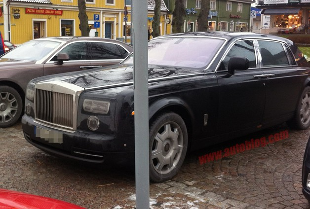 Rolls-Royce Phantom spy shots