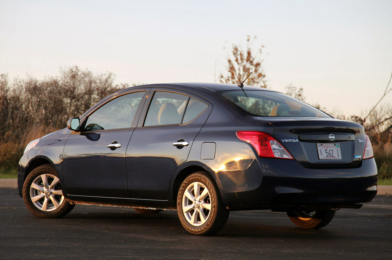 nissan prices the 2013 versa cube and armada autoblog. Black Bedroom Furniture Sets. Home Design Ideas