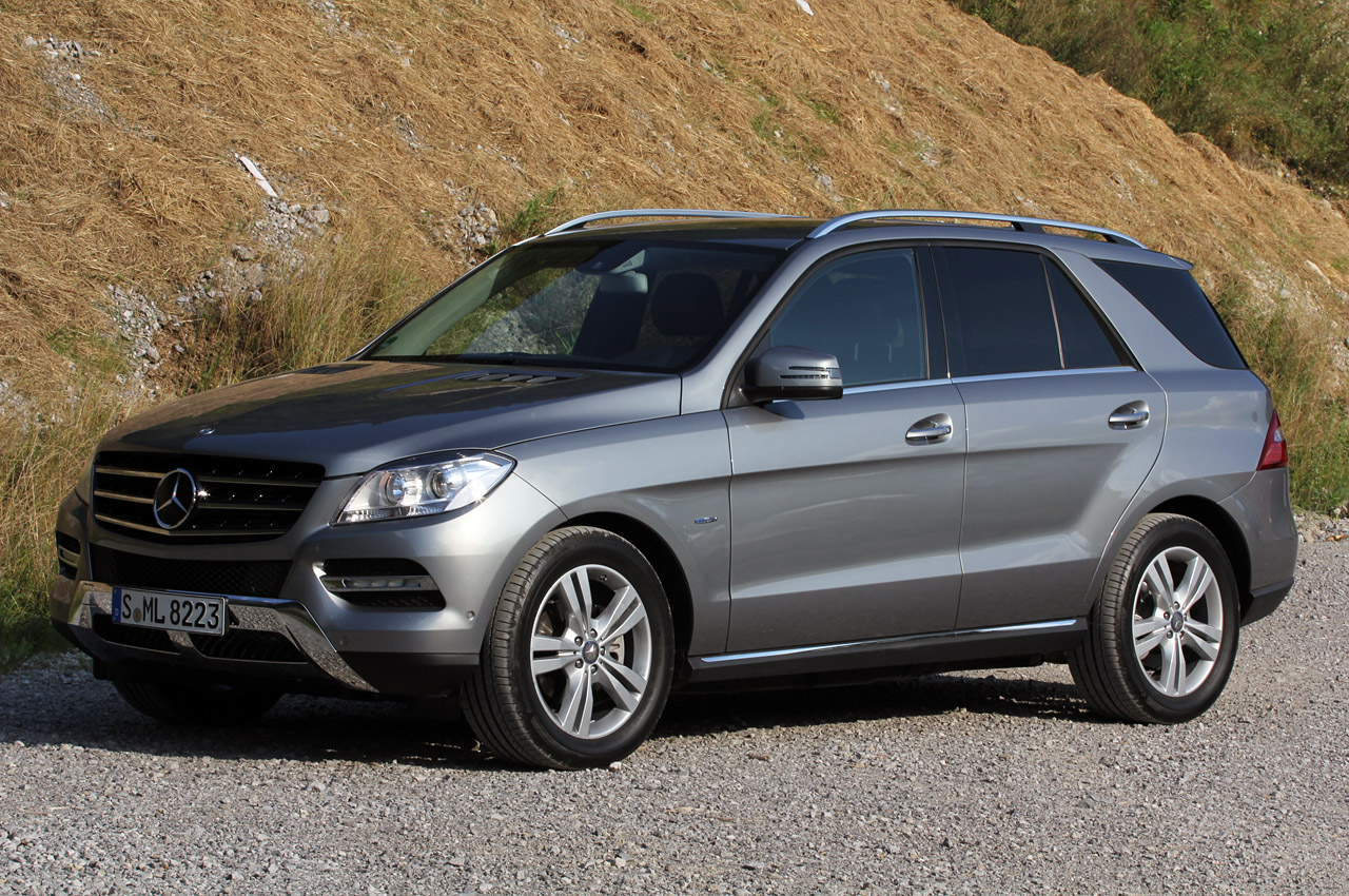 2012 mercedes ml350 bluetec w on offroad package autoblog for Mercedes benz ml350 bluetec price