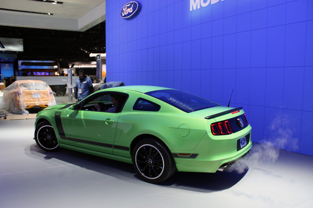 Pin 2013 ford mustang gotta have it green front three quarter on