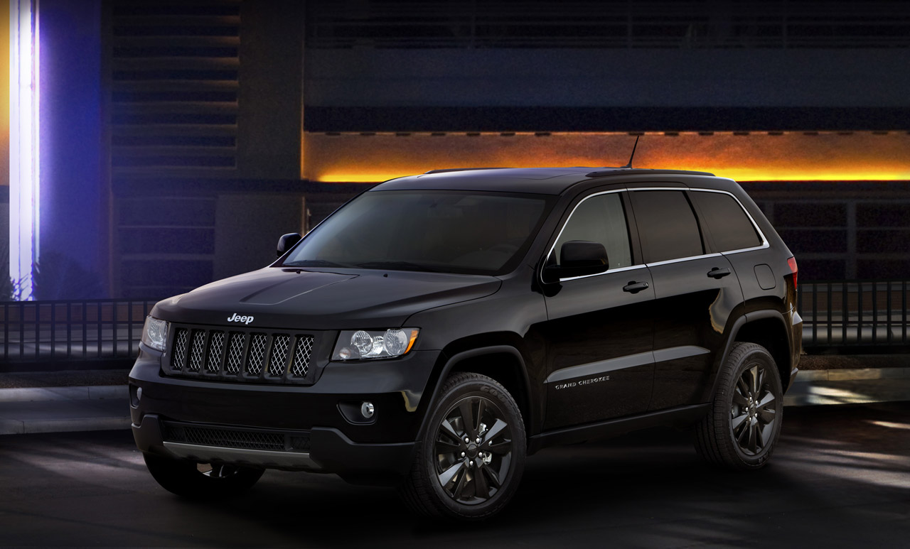 stealthy jeep grand cherokee concept headed for production. Black Bedroom Furniture Sets. Home Design Ideas