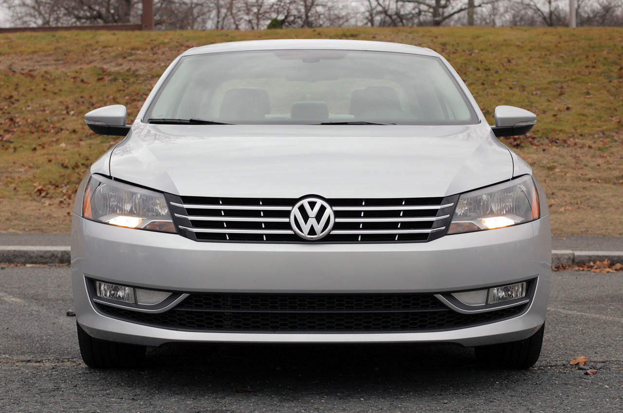 2012 volkswagen passat 2 5l sel premium. Black Bedroom Furniture Sets. Home Design Ideas