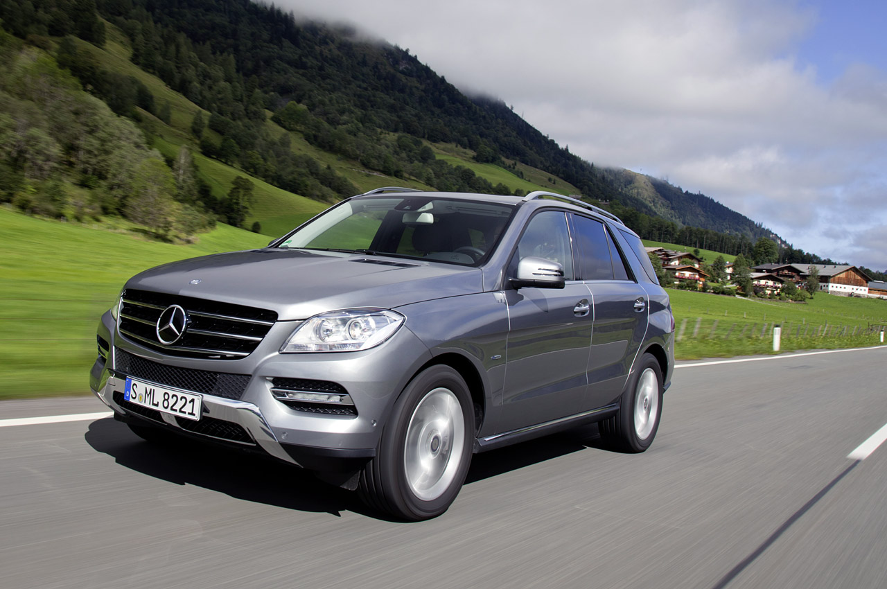 2012 mercedes ml350 bluetec w on offroad package quick. Black Bedroom Furniture Sets. Home Design Ideas