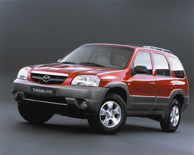 2002 Mazda Tribute front three-quarter view