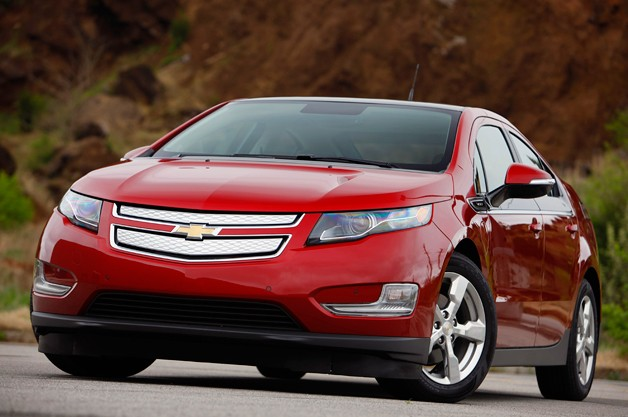 2011 Chevrolet Volt front three-quarter