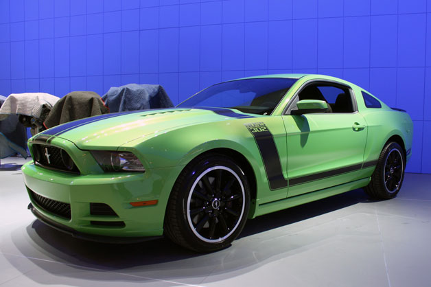 gotta have it green 2013 ford mustang boss 302 snapped getting comfy in detroit w poll. Black Bedroom Furniture Sets. Home Design Ideas