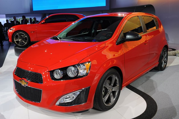 chevrolet sonic rs in the flesh today unveiled alongside two chevy