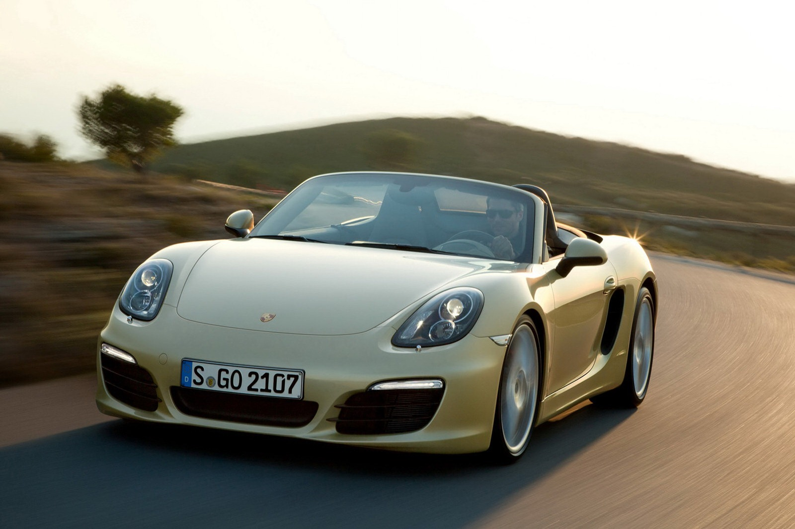 2013 porsche boxster rated at 22 32 mpg autoblog. Black Bedroom Furniture Sets. Home Design Ideas
