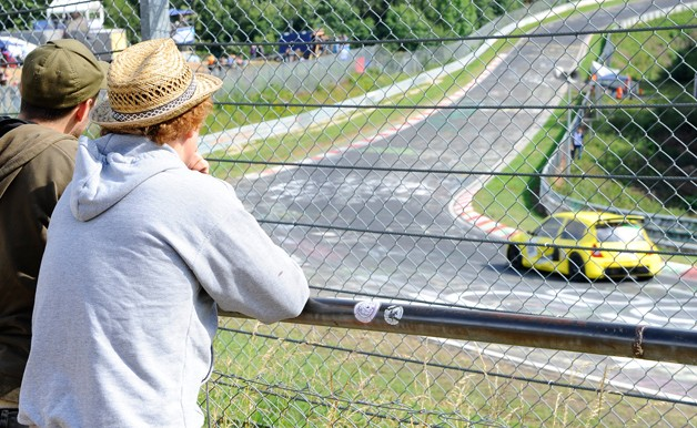 Watching the Nurburgring from the outside