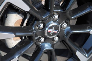 2012 Ford Mustang V6 wheel detail
