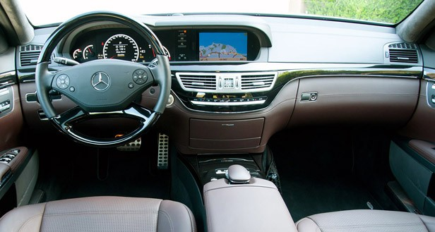 2012 Mercedes-Benz S63 AMG interior